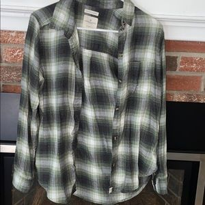 American eagle size small flannel